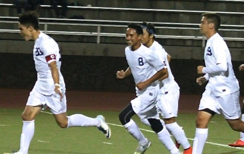 Boys soccer fights for first win against Bears