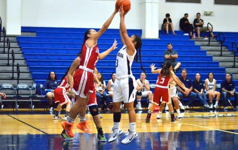 Lady Lunas dominate Warriors in girls basketball