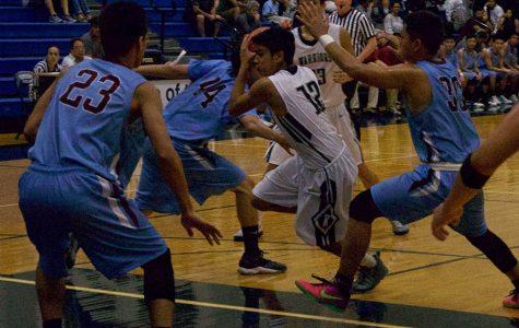 Boys basketball: Warriors edge Bears