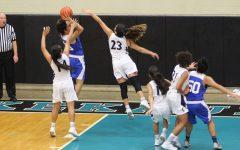Girls Basketball: Warriors clinch spot at states