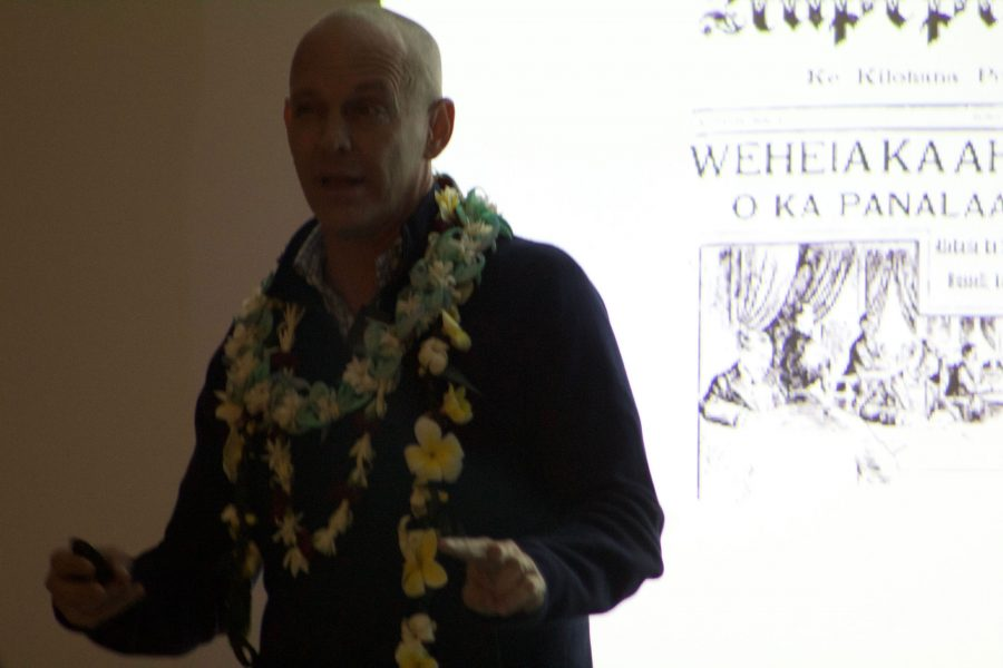 Dr.+Ronald+Williams+Jr.+presents+the+issue+of+Hawaiian+history+being+told+by+non-Hawaiians.+The+one+hour+speech+covered+many+individuals+who+stood+up+for+their+l%C4%81hui%2C+as+well+as+individuals+who+put+down+the+l%C4%81hui.