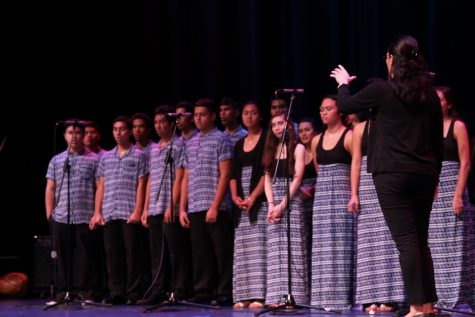 Coordinator Kumu Kalei Aarona-Lorenzo leads the Hawaiian Ensemble choir in an a cappella piece.