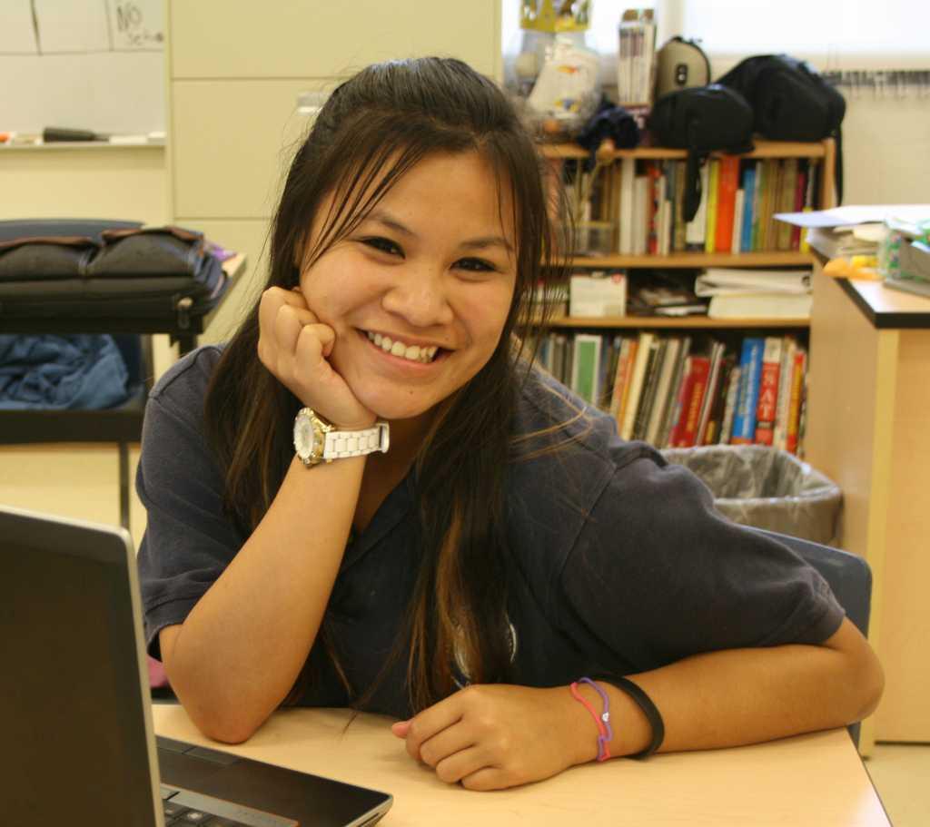 Nicole Ka'auamo, sports co-editor