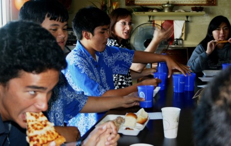 Luncheon, free dress day honor student aloha