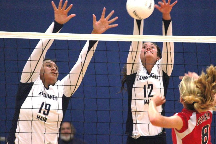 Girls volleyball defeats Spartans in 3