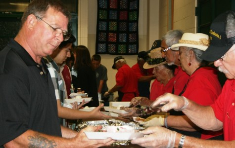 Senior families bond at annual luau fundraiser