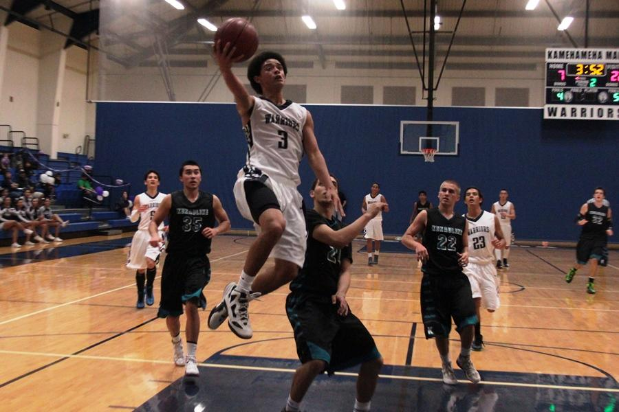 Nā Aliʻi repeat win against boys basketball