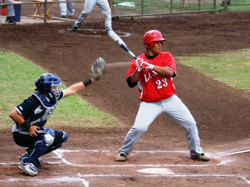 Baseball Warriors go 2-1 in weekend series vs. Lunas