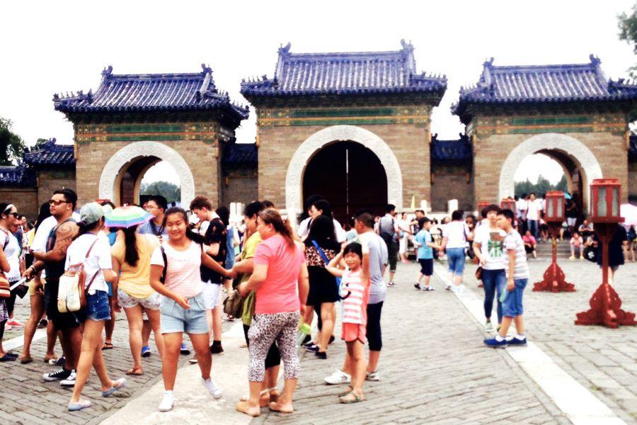 Mikayla-Lau_Temple_China_August+14%2C+2014_web