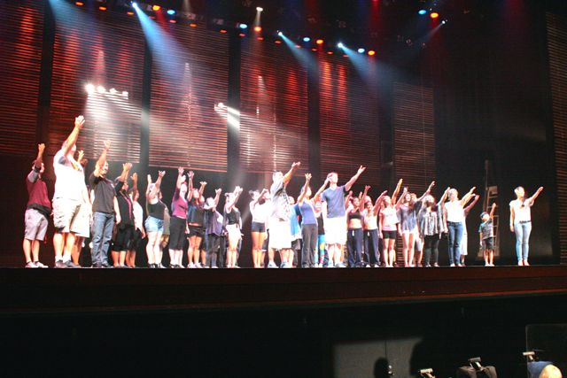 MAPAs Miss Saigon cast members take a bow at the end of their last run-through of the musical play before their closing run this weekend, August 22-24, at the Maui Arts and Cultural Center.