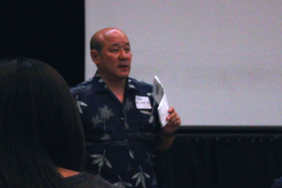 Honolulu Star-Advertiser news writer Dan Nakaso gives advice about press releases University of Hawai'i at Manoa's annual Journalism Day, Sept. 13. Student journalists, including ours, attended to learn about real-life reporting.