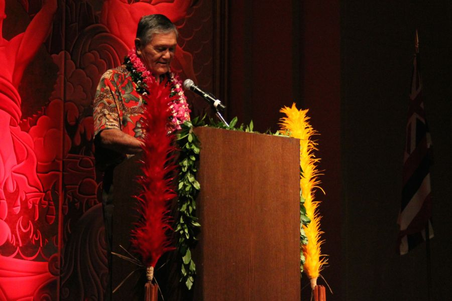 Dr.+Michael+Chun+delivers++his+keynote+address+to+inform+conference+members+of+the+political+forums+that+would+be+taking+place+that+day.+The+forums+allowed+political+candidates+to+discuss+their+positions+on+Hawai%27i+issues.