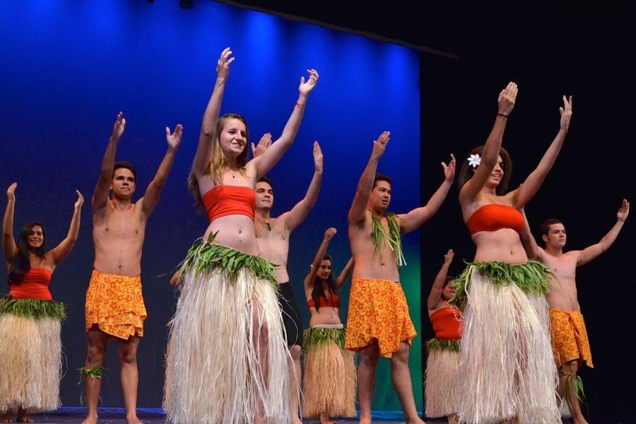 Tahiti students of Samuel Raapoto High School end their week of festivities and cultural experiences at KS Maui by treating the high school students to a  performance on Thursday, February 12, at Keōpūolani Hale.