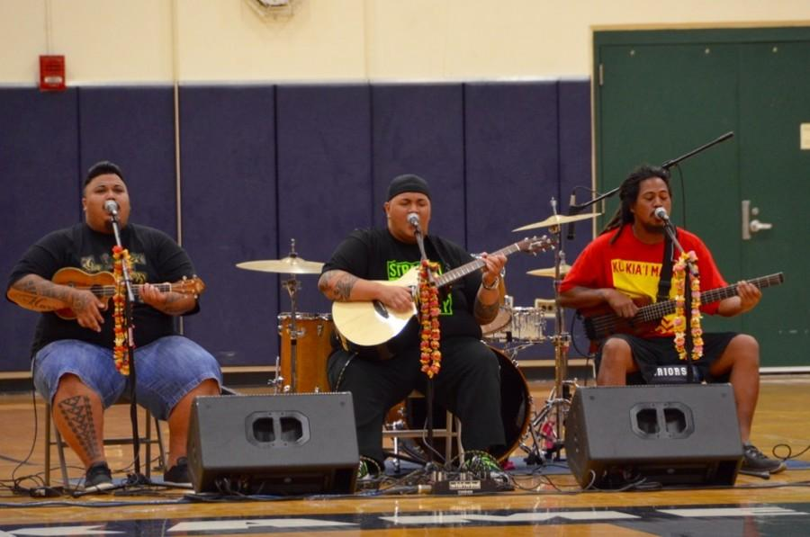 Homecoming week started with a boom as ʻEkolu, followed by Malino, performed Monday afternoon in the high school gym.