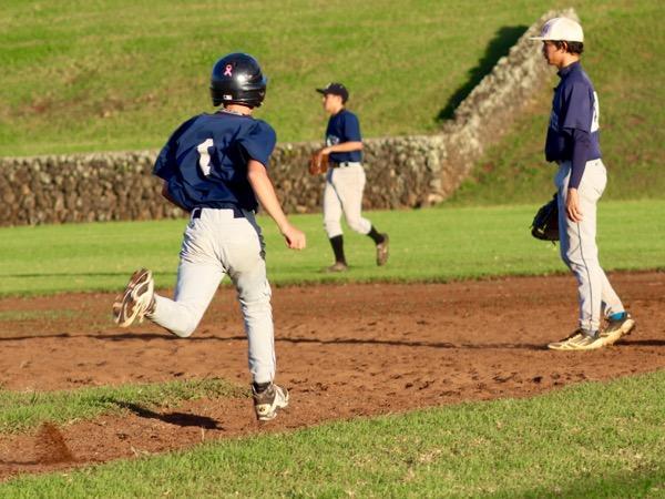 Tyler+Toshikiyo+runs+to+first+base+during+batting+practice.