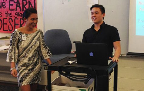 Luʻukia Nakanelua and Mark Suzuki of William S. Richardson School of Law at the University of Hawaiʻi at Mānoa give a presentation on the First Amendment Friday in Business Law class. The timing coincided with Free Speech Week.