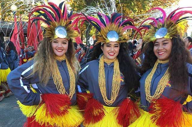 Juniors Lexi Figueroa, Keʻala Cabanilla and Breanna Purdy are ready at the start of the Macyʻs Thanksgiving Day Parade, Nov. 24, in New York. Student dancers and musicians participated in the annual event as part of the all-state band.