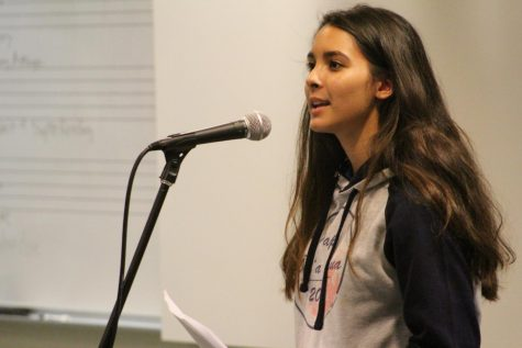 Senior Mariana Kaniho reads her writing at We Digress...Live! Family and friends were welcomed to come and watch the live readings of the Creative Writing I students.