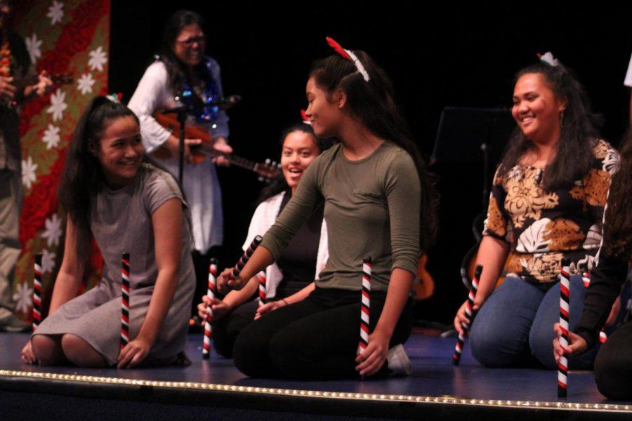 Kula+waena+choir+dances++to+%22E+Papa+Waiari%2C%22+a+traditional+Te+Reo+M%C4%81ori.