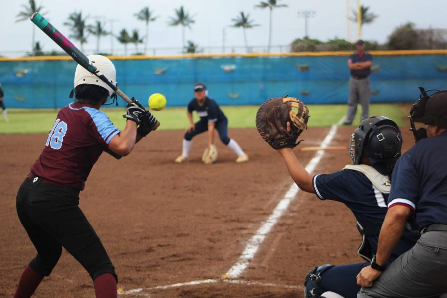 Softball: Bears climb over Warriors