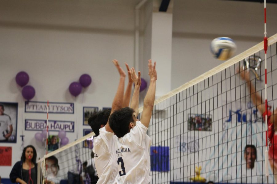 JV Boys Volleyball: Lunas hit past Warriors