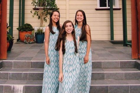 Seniors Jaelynn Nobriga, Kāhealani Benjamin and Kayla Tuitele visit Aotearoa a part of the Hawaiian Ensemble club.